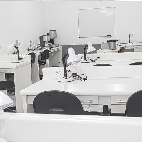 laboratorio-04